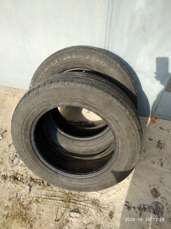 Продается б/у летнаяя резина Kumho 235/60 R17