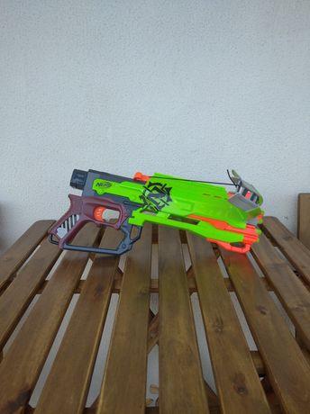 Nerf zombie besta