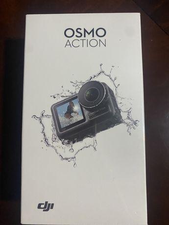 Vendo completamente nova e selada Maquina Action cam DJI OSMO 4K