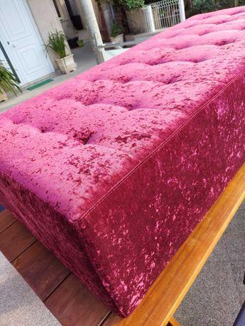Sofá moderno em veludo