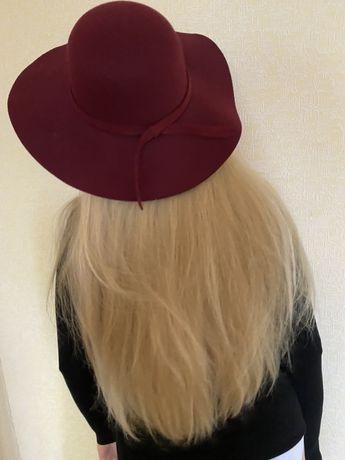 Шляпа бордо с широкими полями