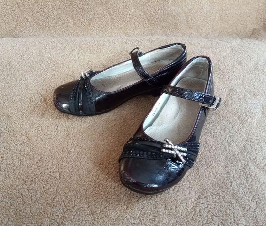 7 Туфли лак, кожаные Clarks, кроссовки, мокасины. р 30-31 ст 19,8-20,3