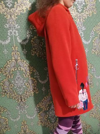 Продам пальто осінь-весна. Стан нового. Ціна 400 грн.