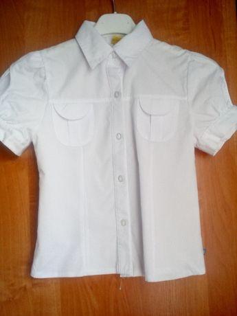 Biała galowa bluzka rozmiar 134