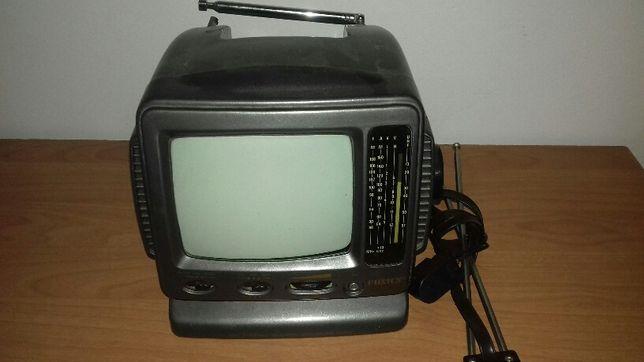 Telewizor turystyczny PRL