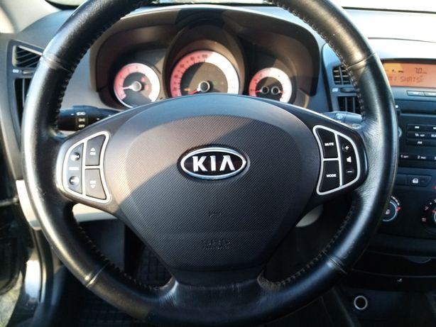 Продам Kia Ceed 2008