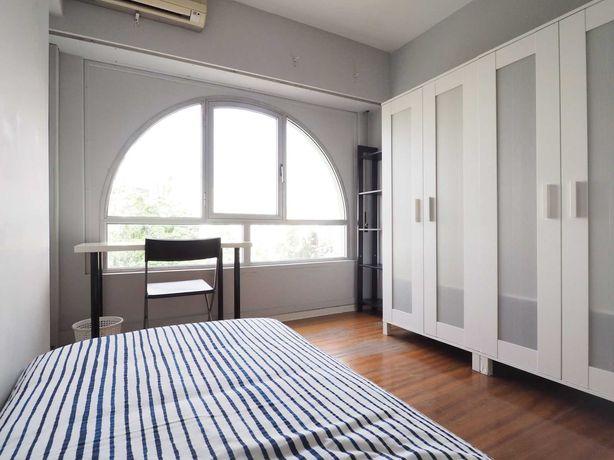 Lisboa, Quarto em apartamento com 2 quartos + 2 wcs completa (Ultimo)