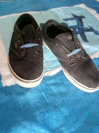 Удобные кожаные кроссовки, утепленные мокасины VANS 35р
