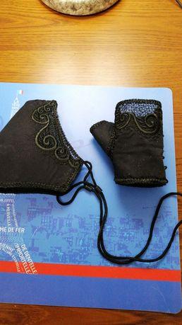 Комплект маска для обличчя та відкриті рукавички
