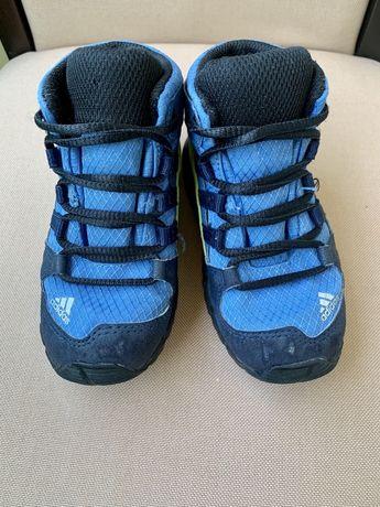 Стильні черевики/стильные ботинки/кроссовки Adidas gore-tex ориг. 24р.