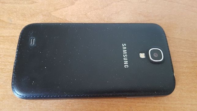Смартфон, мобильный телефон Samsung galaxy s4 I9500 черный