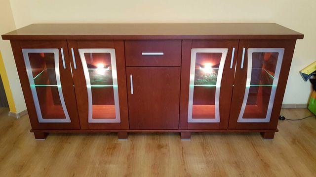 Meble Lissy - 2 x komoda, stół, krzesła oraz półka