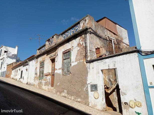 Centro Histórico de Lagos - Moradia para Restaurar - Oportunidade de I