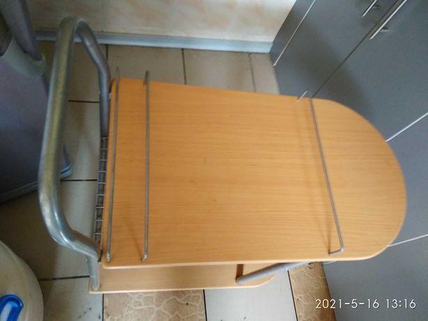 Продам прикроватный столик