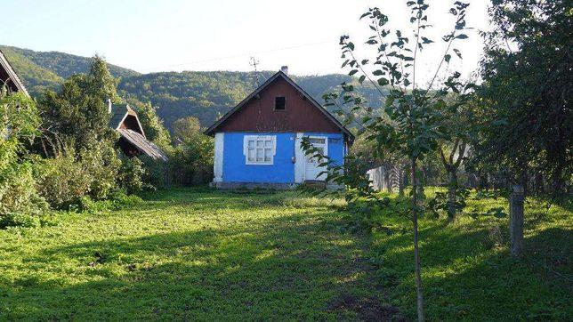 Продам хату в м. Вижниця (Чернівецька область)