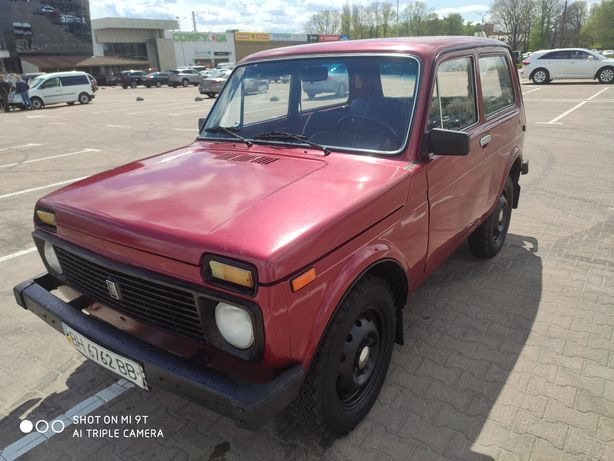 Продам ВАЗ НИВА 2121