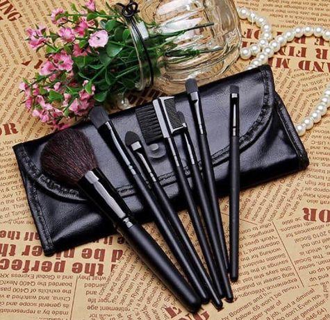 Набор кистей для макияжа MAC 7 штук в чехле черные