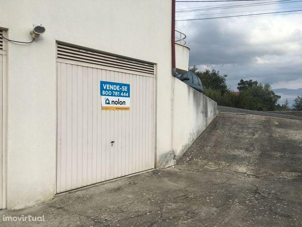 Garagem, 432m2, Lorvao