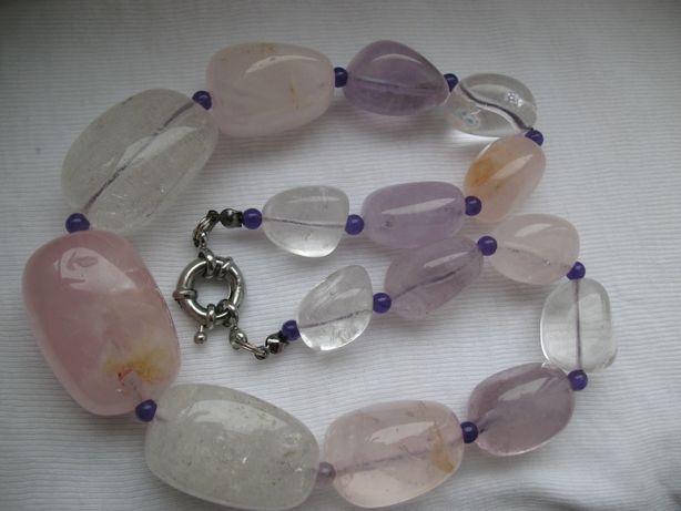 Ожерелье бусы натуральный крупный белый розовый кварц горный хрусталь
