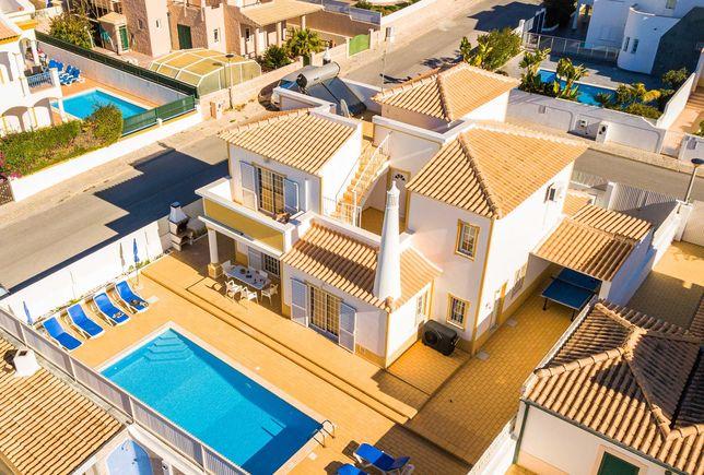 Moradia/Vivenda Galé(Albufeira) Algarve - Piscina Privada e 3 Quartos