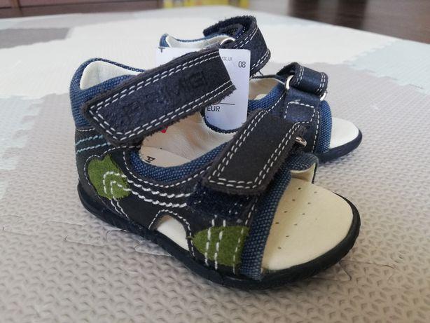 Sandałki chłopięce Primigi rozm 18 wkładka 11 cm