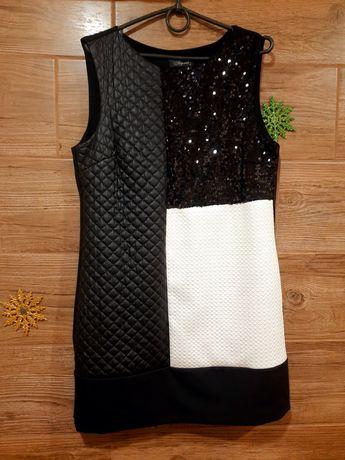 Платье чёрное с пайетками р.42-44
