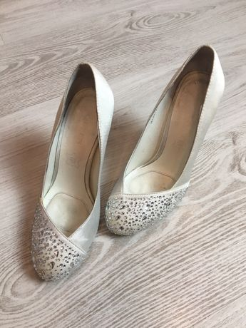 Туфлі туфли мешти білі
