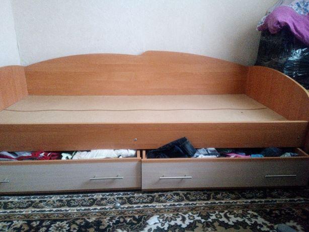 Кровать в отличном состоянии