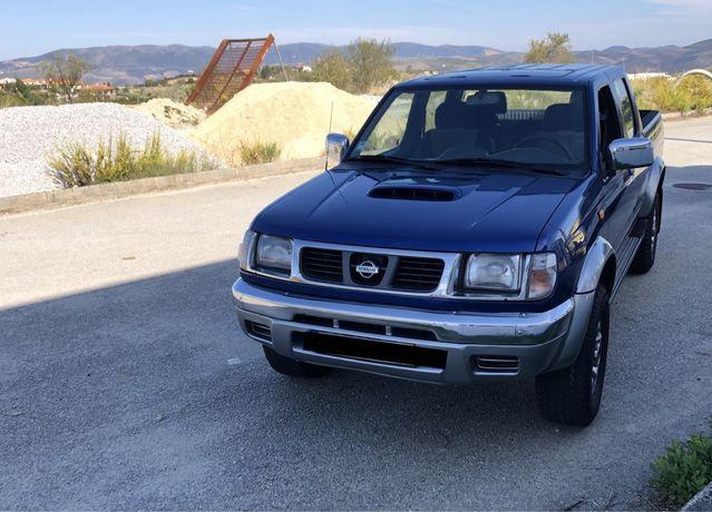 Nissan d 22
