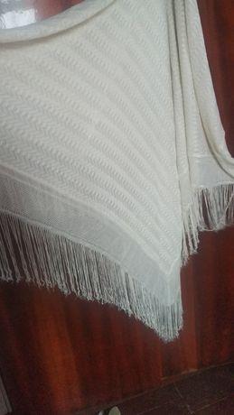 Продам платок с бахромой.