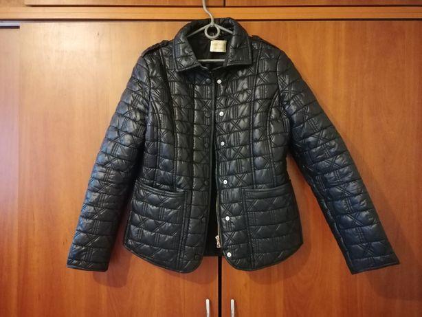 Лёгкая куртка (ветровка)