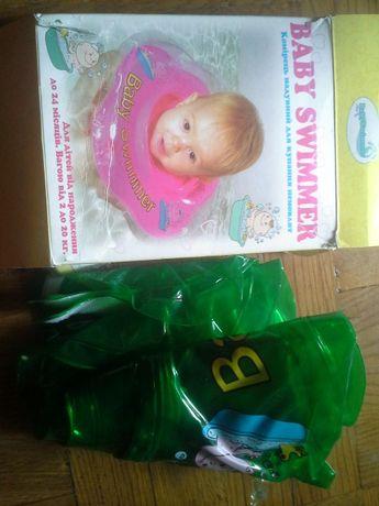 Надувной круг baby swimmer, зеленый