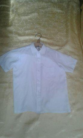 Бесплатно. Рубашка на первоклассника, Детская одежда : Детские вещи!
