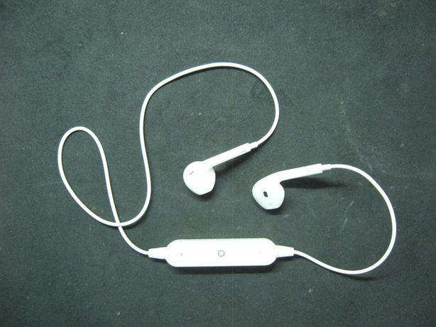 Наушники с микрофоном.Bluetooth