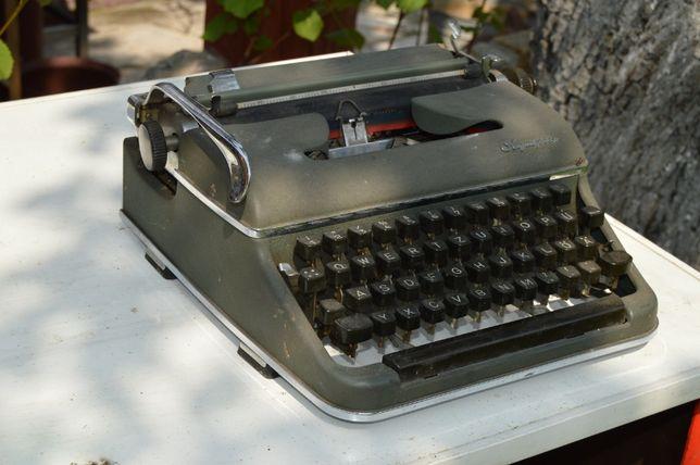 niemiecka maszyna do pisania OLYMPIA