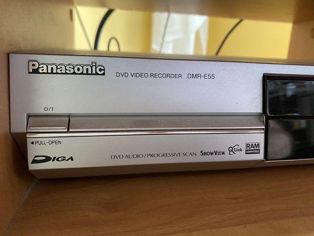 nagrywarka DVD Panasonic jak nowa, zadnych wad, orygianlny pilot