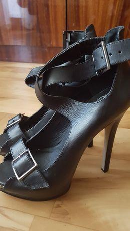 Срочно!!!Туфли из кожи натуральной.Новые.