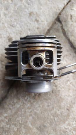 Cylinder i tłok dolpima Ps180 ( prawdopodobnie od przecinarki pst180)