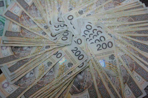 Pożyczki prywatne pozabankowe od ręki, pożyczę też z komornikiem, PL