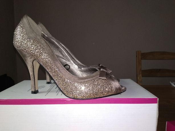 Pantofle, Szpilki damskie złote rozmiar 36 wys. szpilki 9 cm