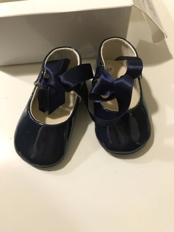 Sapatos verniz azul