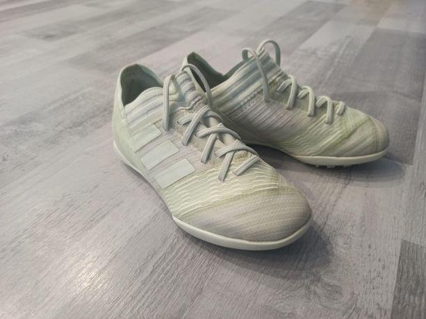 Halówki Adidas Nemezis r. 30