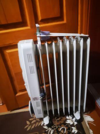 Обогреватель, масляный радиатор