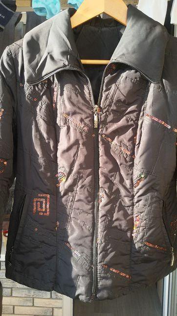 Куртка женская 46 р-р