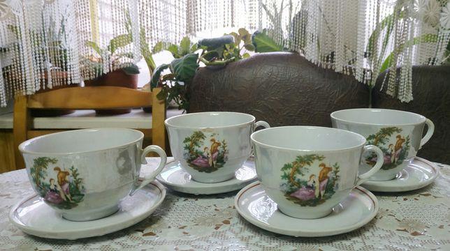 Набір чашок з тарілочками