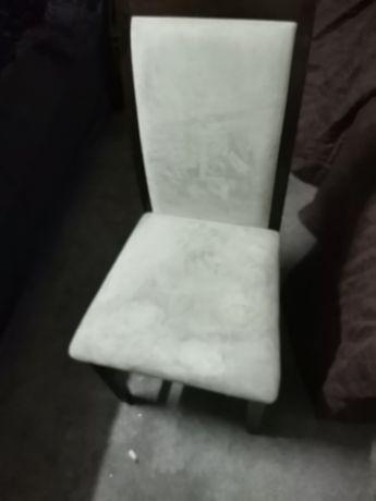 4 cadeiras encosto e assento branco