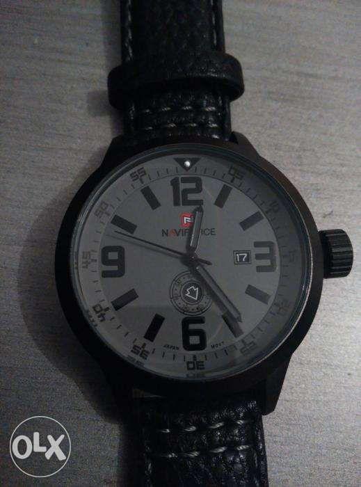 Relógio Navi Force novo a estrear Vila Real - imagem 1
