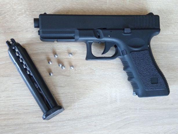 АКЦИЯ!!! Страйкбольный пистолет Glock 17 + шары, Глок 17 страйкбол