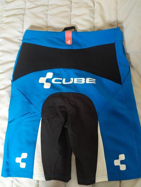 Calções MTB CUBE Downhill free Ride bolsos laterais e supervent leg