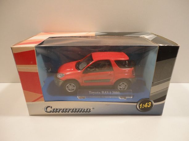 Модель Toyota RAV 4 Cararama 1:43